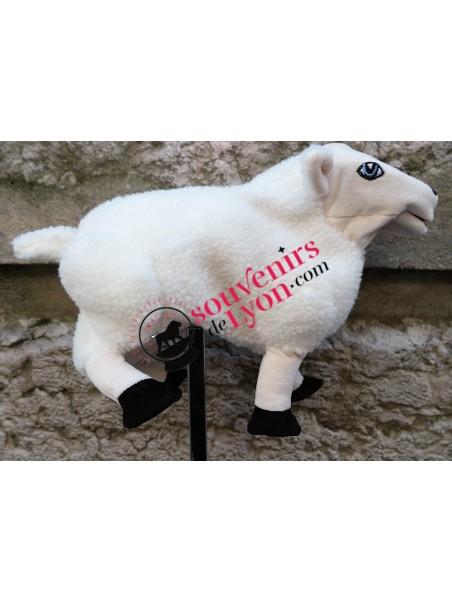 Marionnette le Mouton chez Souvenirsdelyon.Com