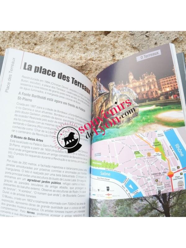Lyon Balades guidées en portugais chez Souvenirsdelyon.com